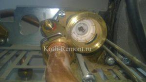 Vaillant TEC – износ уплотнения штока трехходового клапана